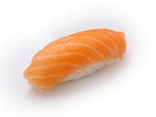 Нигири-суши с семгой, 30 г