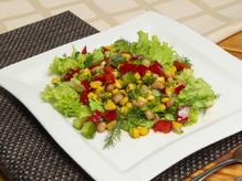 Салат из консервированной фасоли и болгарского перца